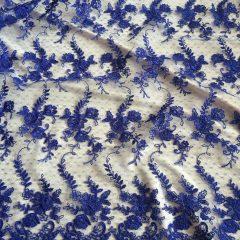 Broderie albastru inchis