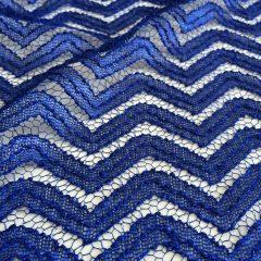 Dantela albastra cu sclipici
