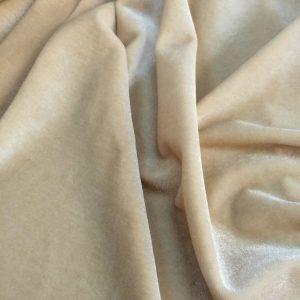 Catifea elastica beige deschis