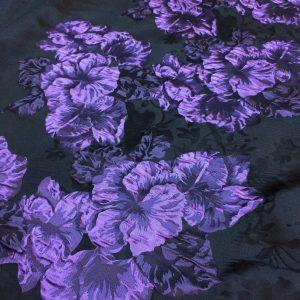 Tafta cu imprimeu flori gofrate mov