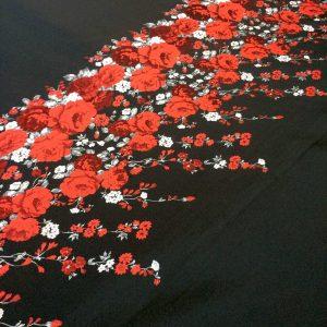 Tafta neagra imprimeu trandafiri rosii