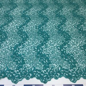 Broderie turquoise cu paiete
