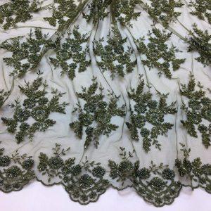 Dantela verde-khaki accesorizata