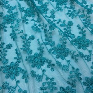 Broderie turquoise