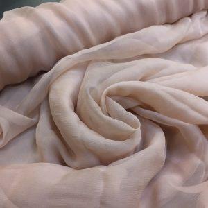 Voal creponat de matase naturala (muselina) beige-rose pastel