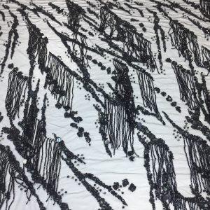 Dantela accesorizata neagra