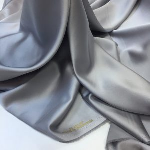 Tafta elastica Scarlet gri-perlat