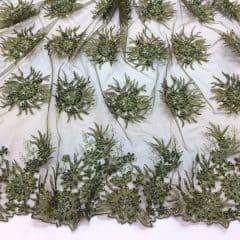 Dantela verde-khaki cu margele