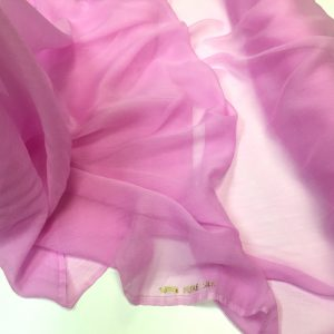 Voal creponat de matase naturala (muselina) roz-lila