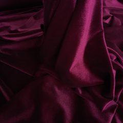Catifea elastica bordeaux-inchis