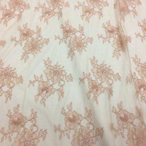 Dantela tip Chantilly nude-rose