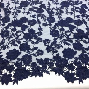 Broderie bleumarin in panouri repetitive