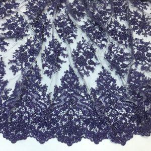 Broderie lila accesorizata