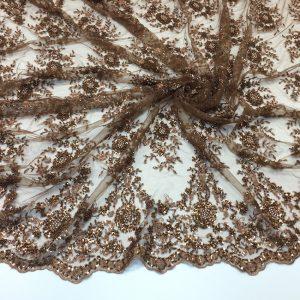 Broderie aramiu-bronz accesorizata cu margele si paiete