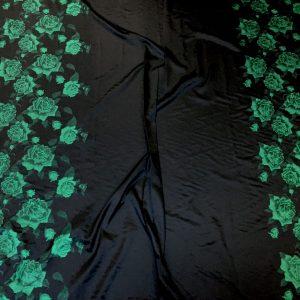 Tafta neagra panou flori verzi