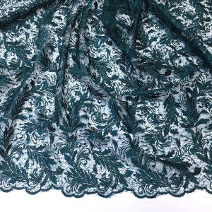 Broderie verde-marin inchis cu paiete