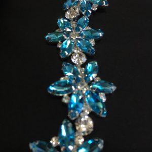 Accesoriu argintiu pietre bleu