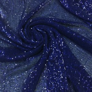 Paiete albastru-royal inchis cusute pe tulle plisat