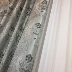 Material draperie gri cu model baroc