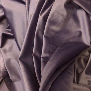 Catifea draperie lila-prafuit