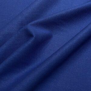 In albastru
