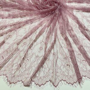 Dantela tip Chantilly roz-zmeuriu