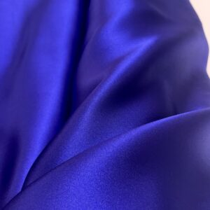 Satin de matase naturala fara elastan albastru royal-indigo