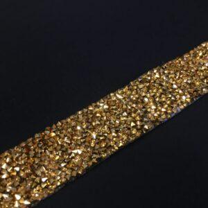 Banda decorativa cu margele aurii