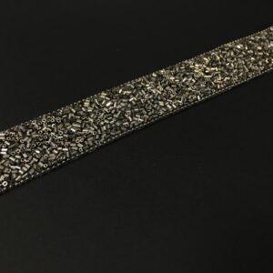 Banda decorativa cu margele gri-argintiu