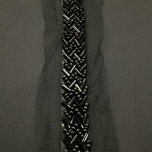 Banda decorativa cu margele negre